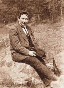 Hasek sitting 1921. Back home again.